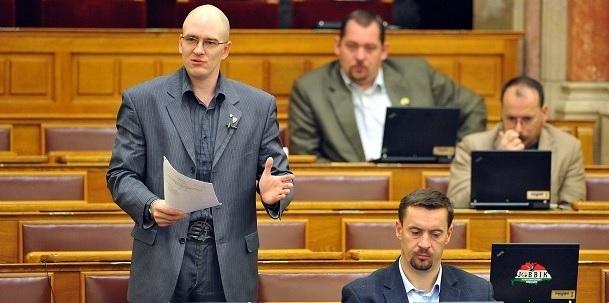 zkarparlament