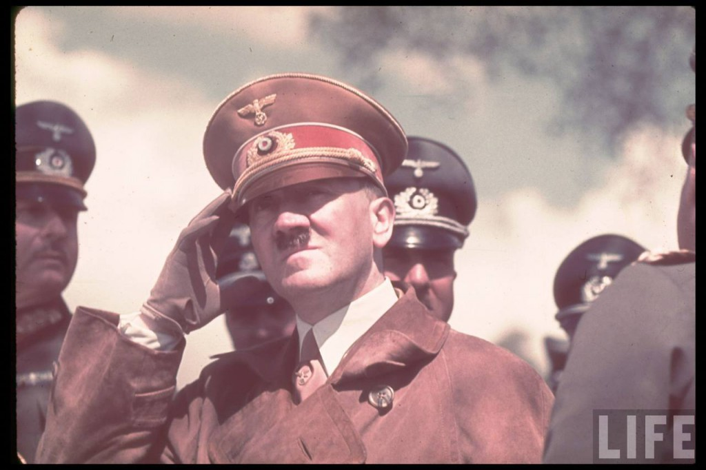 Hitler-In-Colour-201024x682