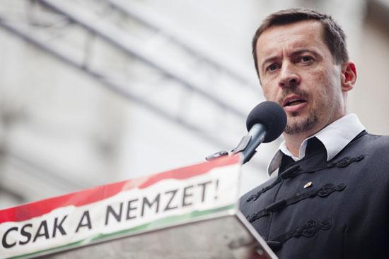 Jobbik-tuntetes-szocialis-Sneider