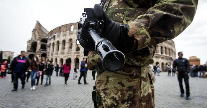 terror-alert-rome-700x366